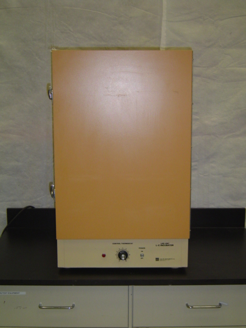 L-C Incubator Model 403